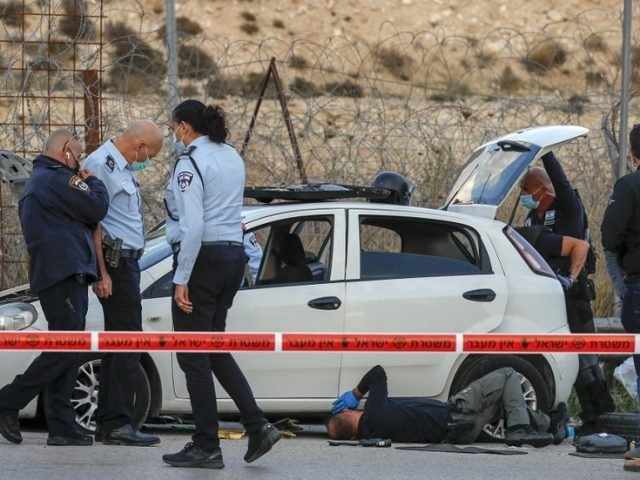 Palestinian driver shot dead after ramming car into Israeli checkpoint outside Jerusalem – police