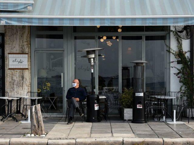 Greece imposes 2-week lockdown in northern regions as flights are suspended