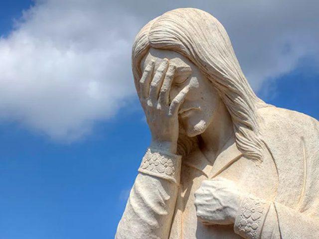 Israeli Ambulance Worker Fired For Spitting on Jesus Portraits