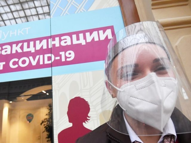 Majority of Russians now support nationwide vaccination against Covid-19 as opposition to government's plan shrinks, poll reveals