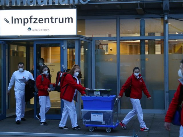 Germany will have lockdown beyond January & new travel restrictions, but no mandatory vaccination – health minister
