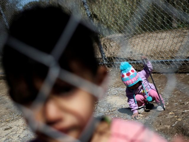 700+ children remain in detention at US border, 200 for over 48 hours, amid spike in unaccompanied crossings – media