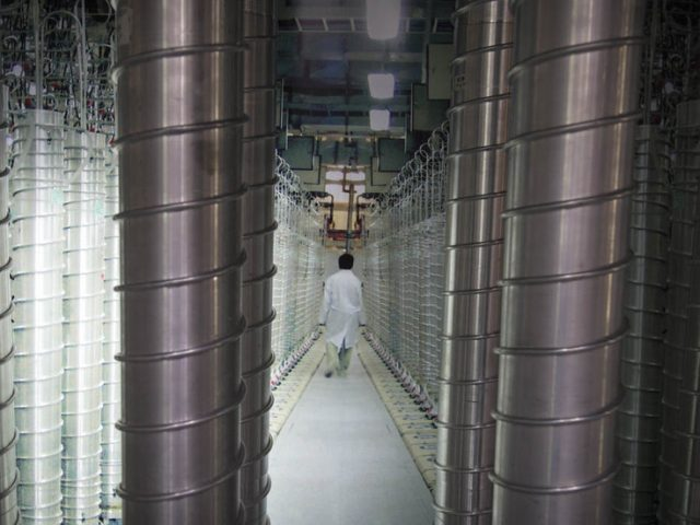 Iran would 'immediately reverse' its nuclear program if US lifts sanctions, but Washington & allies want Tehran to make first move