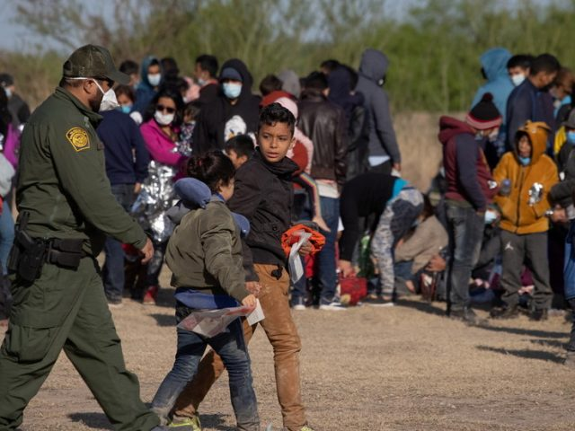 'Not appropriate' for media to see inside border facilities for migrant kids, Dem Rep says defending Biden's lack of transparency