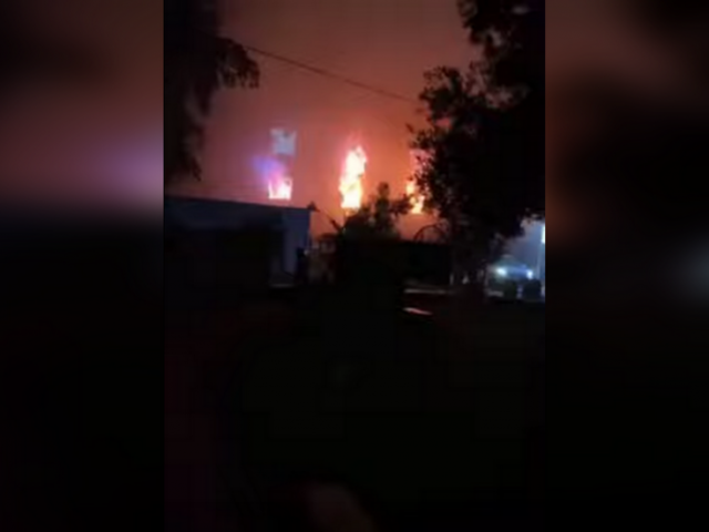 Dozens reported dead & injured after explosion sparks fire in Iraqi Covid-19 hospital (VIDEO)