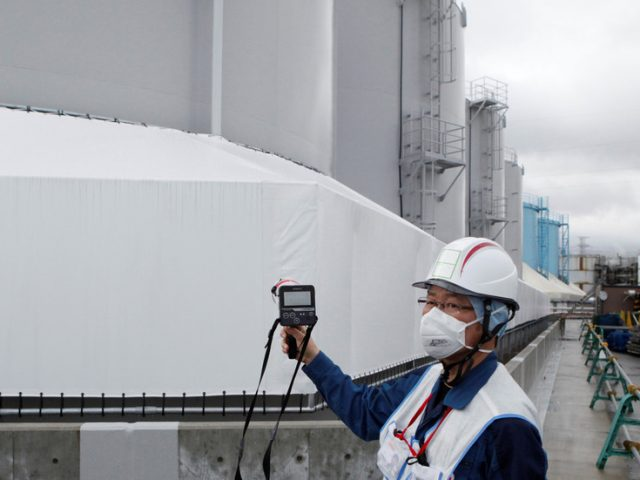 Beijing calls on Tokyo to be 'responsible' & consult neighbors as Japan's PM says dumping Fukushima water into ocean 'unavoidable'