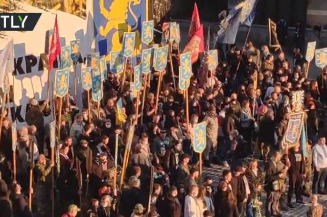 Ukrainian far-right nationalists stage march in center of Kiev to mark 77th anniversary of WWII Nazi military division SS Galicia