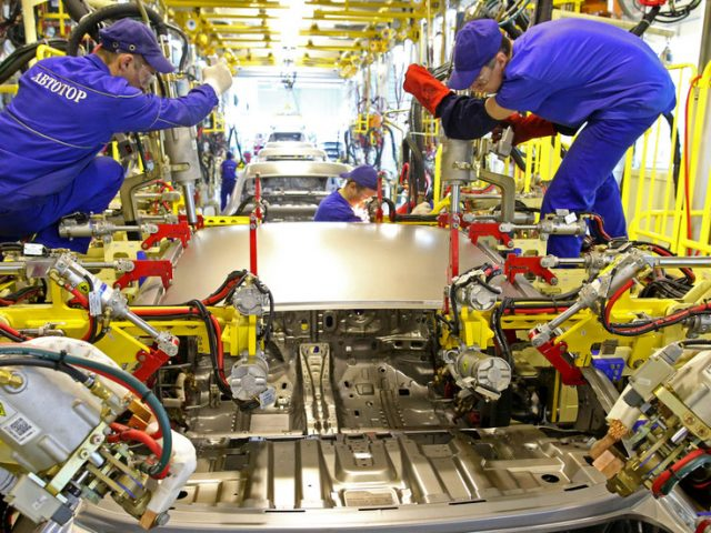 Russia's industrial production surges over 7% in April