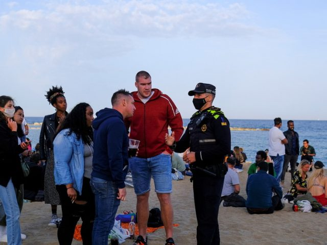 Spain to welcome tourists from non-EU countries deemed 'safe' from Monday, 'without health requirements'