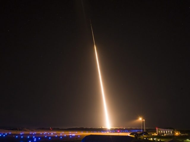 US warship FAILS to intercept mid-range ballistic missile target… amid reports of 'Russian spy ship' off Hawaii