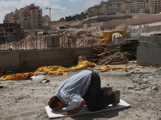 France, Germany, Italy, Spain & UK urge Israel to halt West Bank settlement expansion plans that 'threaten prospects for peace'