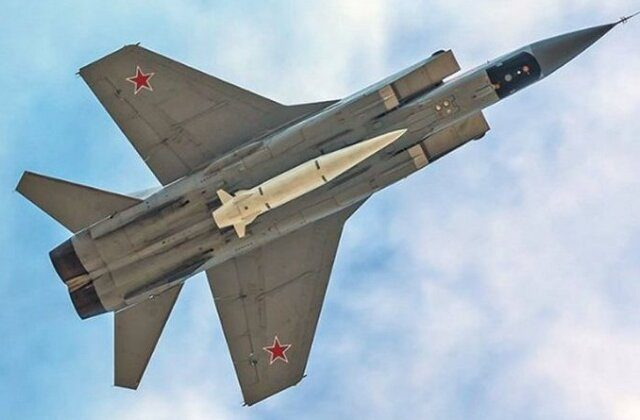 The Su-57 Fighter's Two Hypersonic Missiles That Could Ruin American F-35 Operations