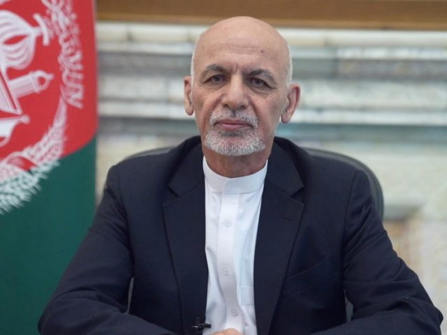 Afghan president fled Kabul with cars full of cash & was forced to abandon some loot on airport runway, Russian embassy claims