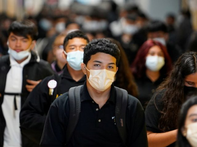 ENTIRE SCHOOL in Wyoming put on lockdown after one student refuses to wear face mask – and she gets arrested & fined over it